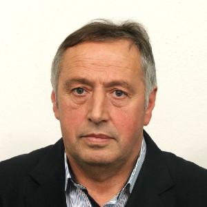 Direktor Rifat Balić